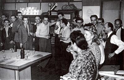 Albert Camus amb els companys de redacció de Combat